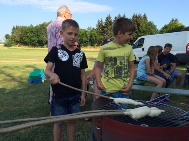 2015-Badminton-Spanferkel-2